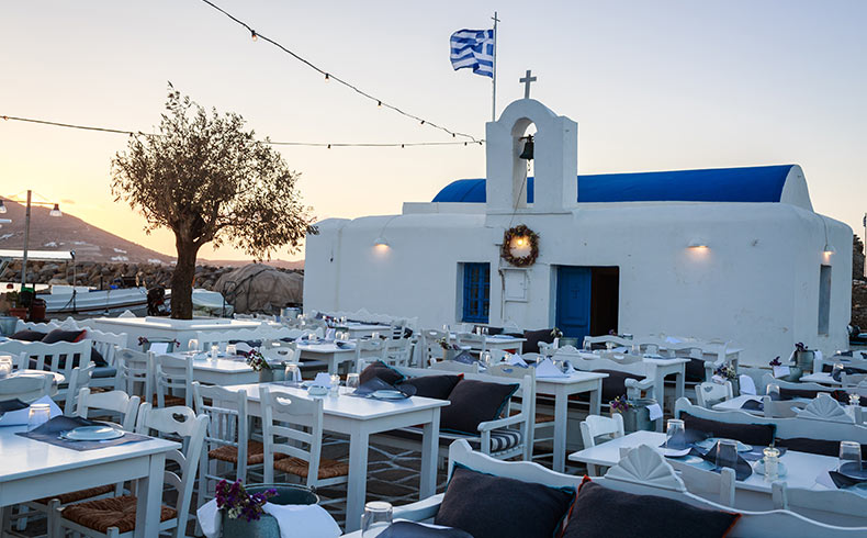 Traditional Fish PAros Restaurants