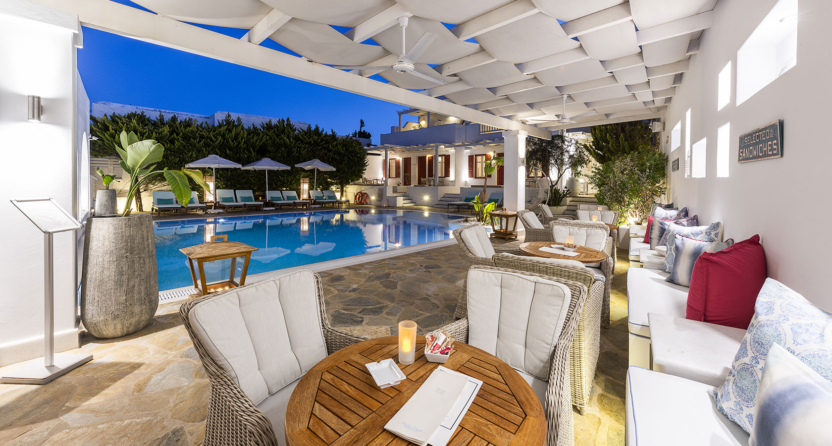 The pool of Stelia Mare Hotel in Naoussa Paros